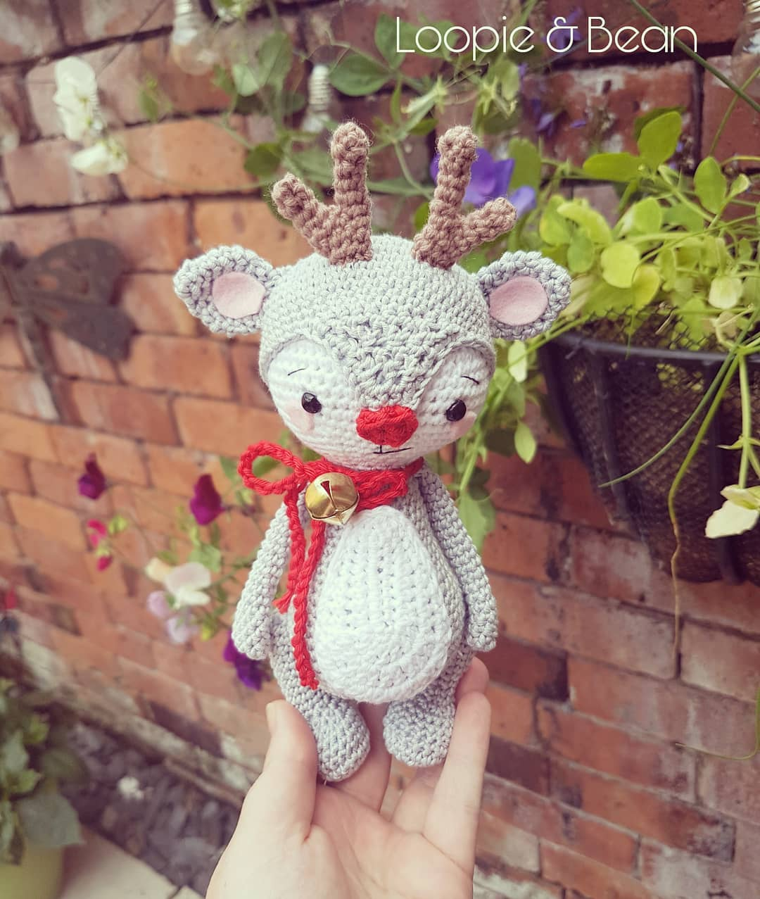 Free and Easy Christmas Amigurumi Crochet Patterns For This Year ... | 1277x1080